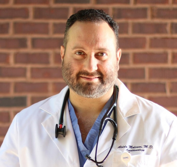 Anesthesiologist Alddo Molinar
